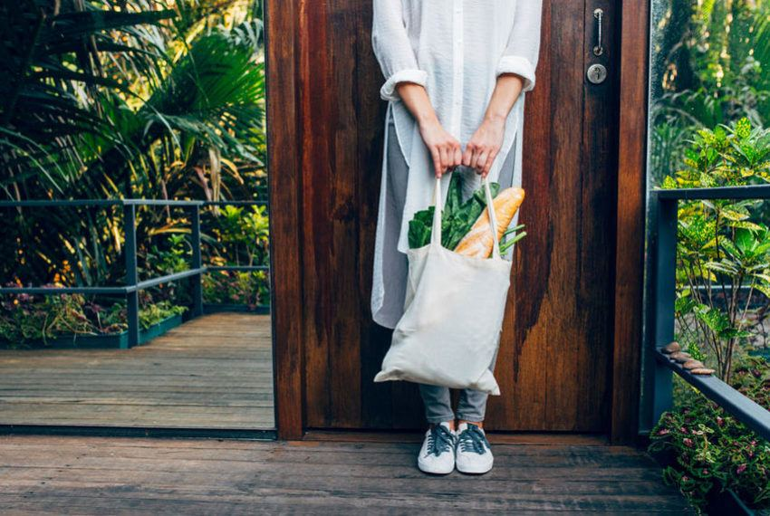 Plastic Bags Are Canceled in New York, so Everybody Grab a Reusable Tote