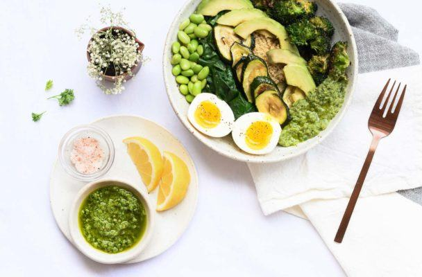 Add Major Goddess Vibes to Your Morning With This Glow-Inducing Breakfast Bowl