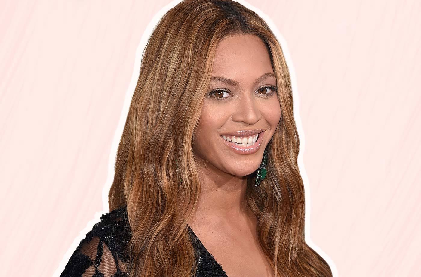 Thumbnail for When Beyoncé's makeup artist gives you a lip tip, you listen