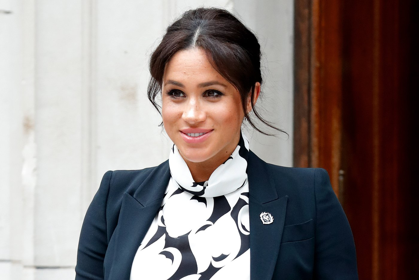 """Thumbnail for Meghan Markle's 10-Bedroom Countryside """"Cottage"""" Is the Ultimate Wellness Sanctuary"""