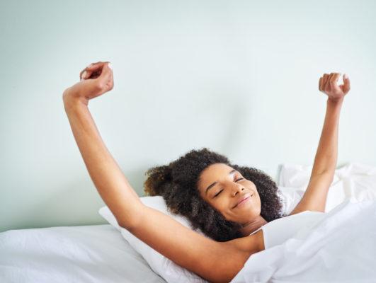 A dream psychologist explains how to interpret the 7 most common dreams