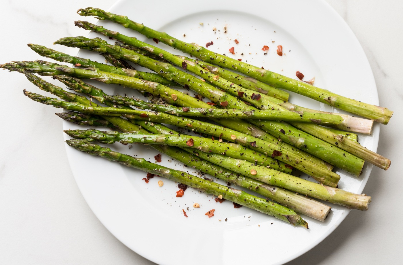 Thumbnail for 7 benefits of asparagus that prove it's the best spring vegetable, period