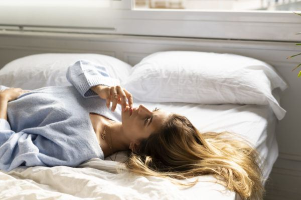 A dream expert analyzes 9 common (too common, even) dreams people have about their exes