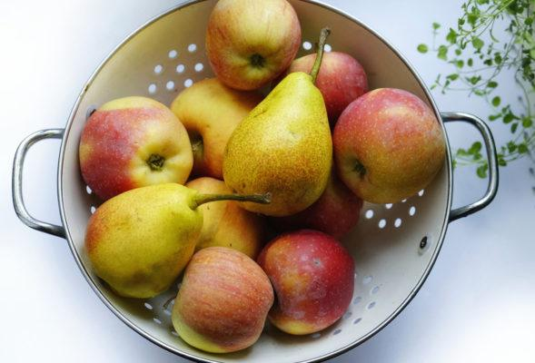 6 healthy benefits of pears that will win you over
