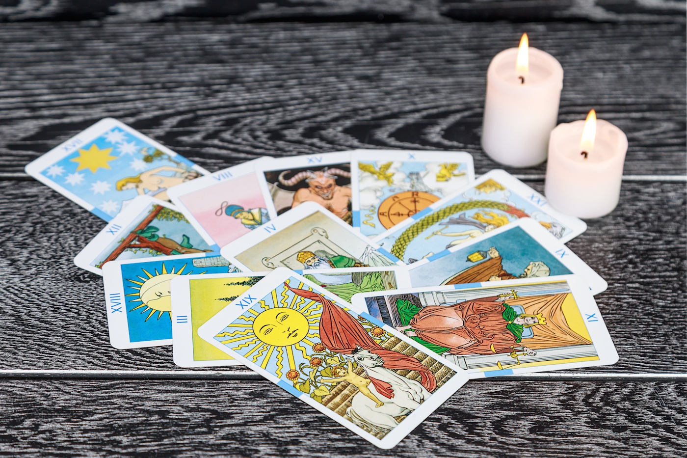 5 ways to find the tarot card that best represents you, according to an energy worker