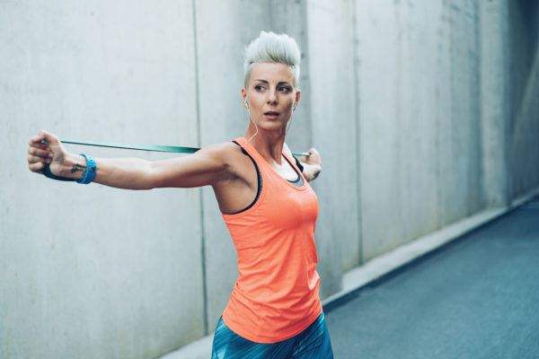 All you need for better posture is a resistance band and 5 free minutes