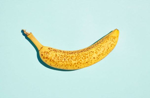 9 ways to use overripe bananas before they attract a fruit fly fan club