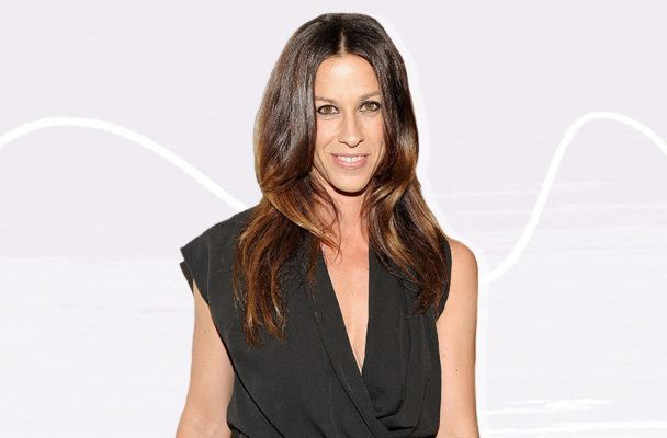 Alanis Morissette's 'four boundaries' provide an unapologetic lesson in handling trauma