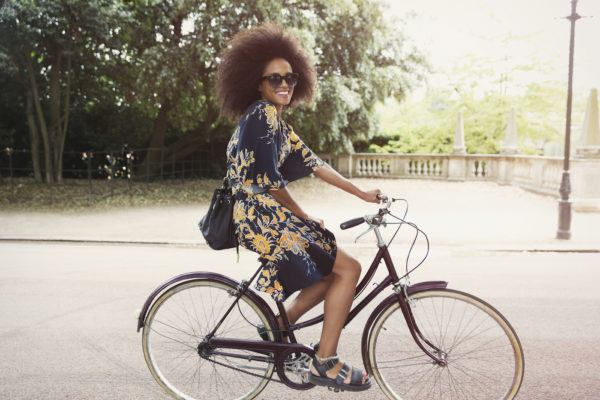 How to actually have good posture when you're zipping around on a bike this summer
