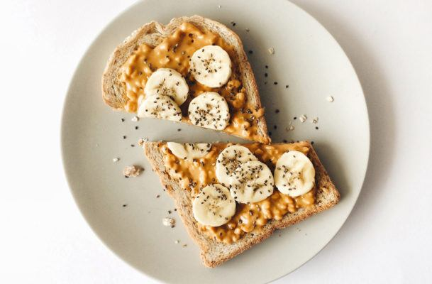 8 foods rich in magnesium that make for the perfect bedtime snack
