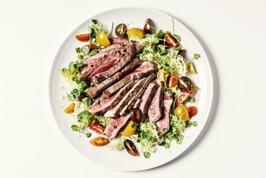 Here's what a healthy plate looks like on the Paleo diet