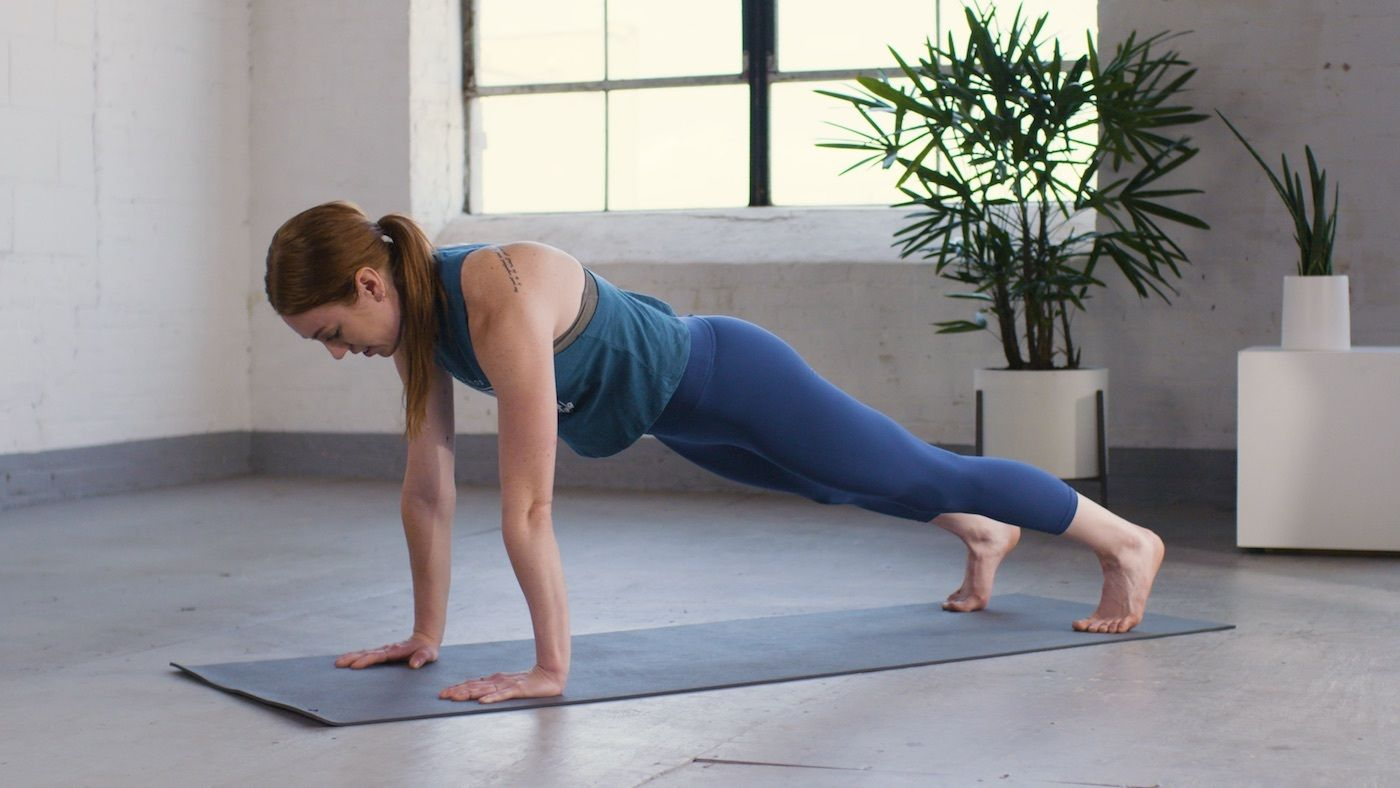 The 5 most common mistakes people make when holding a plank—and how to avoid them