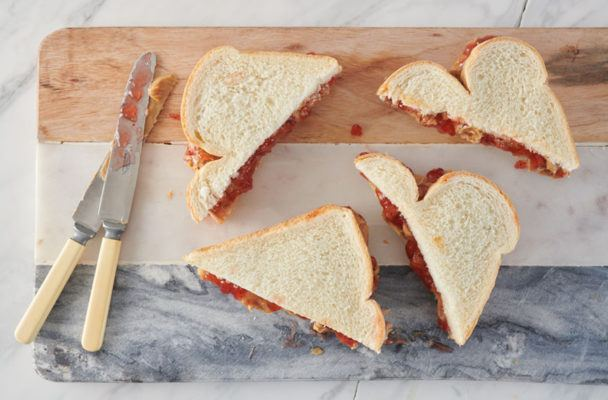 How to make a healthier PB&J sandwich for grown-ups