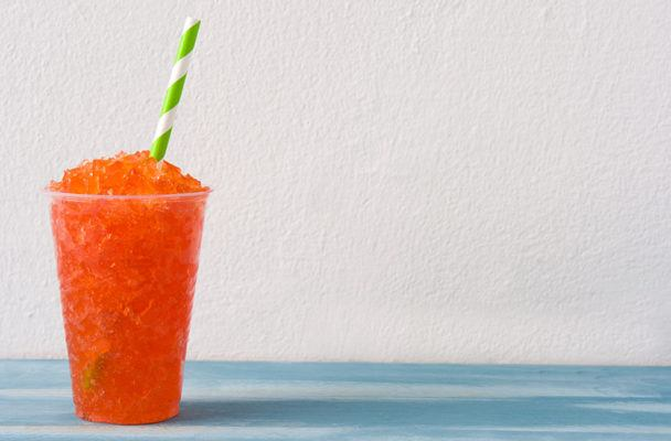 6 Healthy Slushie Recipes That Are Way Better Than a 7-Eleven Slurpee