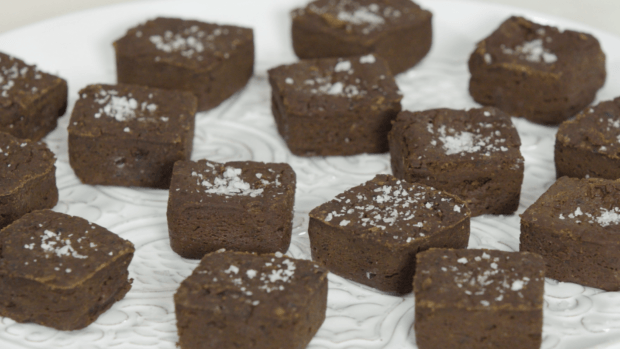 You'll never use boxed mix again after trying these chocolaty, low-sugar brownies