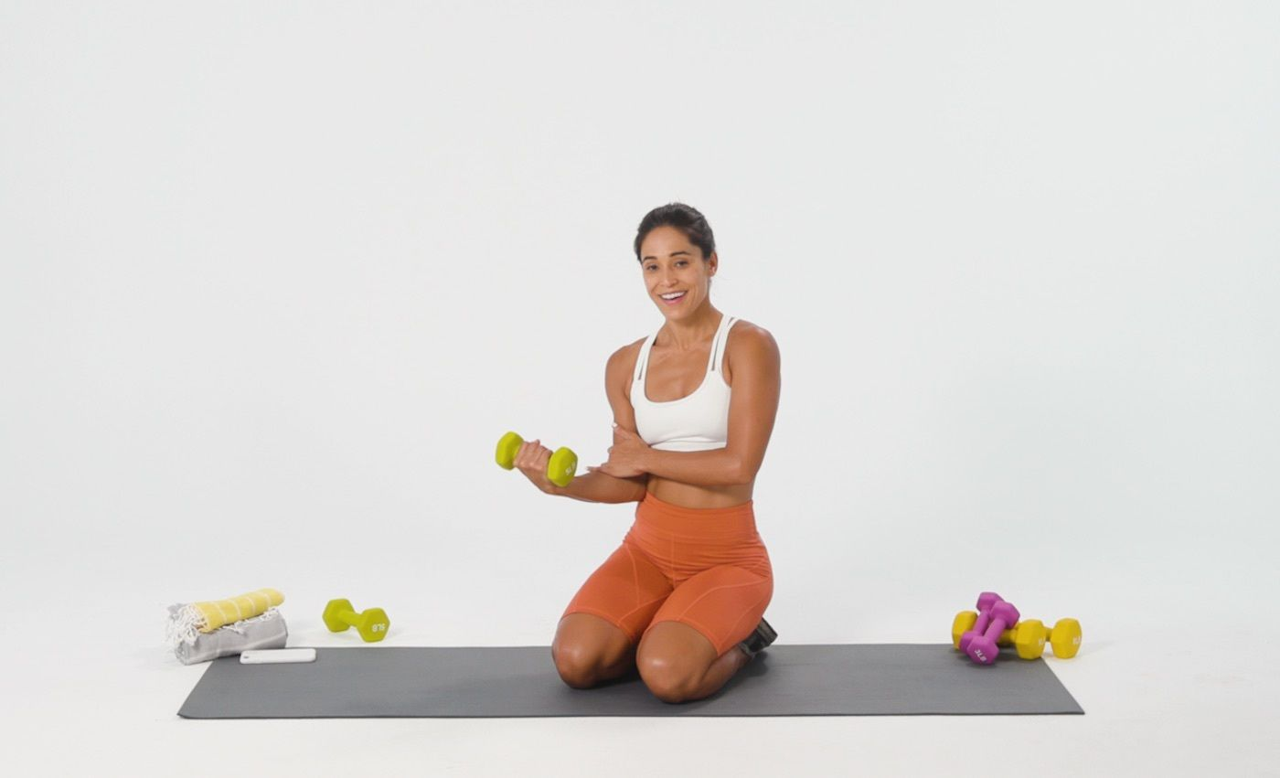 The key to perfect planks and mountain climbers? These 2-second wrist stretches