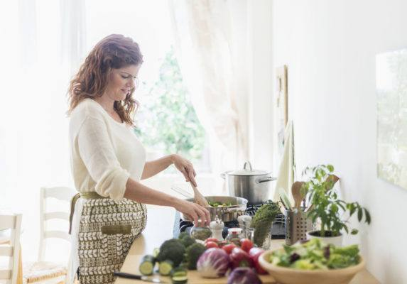 6 foods for gut health a gastroenterologist wants you to eat every day