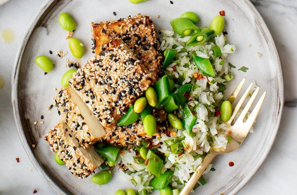 Tofu Is *Not* Boring—and We've Got 8 Healthy Recipes to Prove It