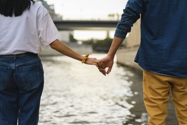 7 questions to ask yourself when 'toxic monogamy' is affecting your relationship