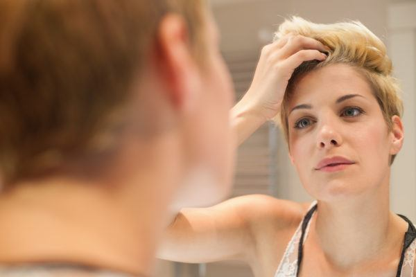 The one spot to check to determine whether or not you *actually* need to wash your hair