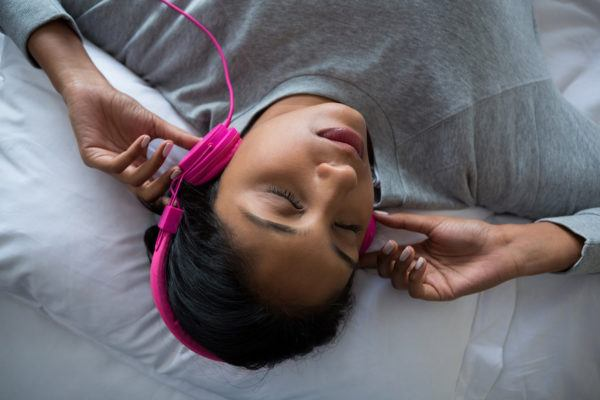 Add some color to your bedtime routine with pink noise for deeper sleep