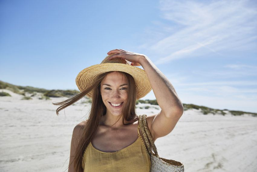 Powder sunscreen is SPF in incognito mode—and it'll cut down on shine too