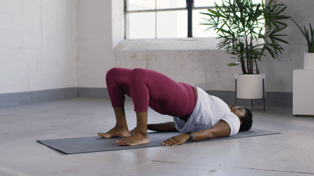 The Booty-Strengthening Yoga Flow That Perks Your Peach in 6 Swift Moves