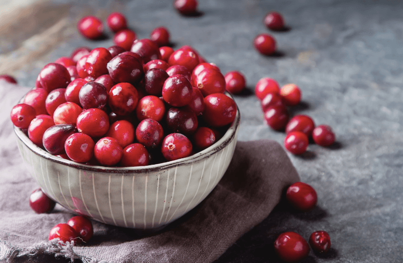 CRANBERRY SEASON'S HERE, AND THAT'S EXCELLENT NEWS FOR YOUR GUT HEALTH, YOUR IMMUNITY, AND MORE