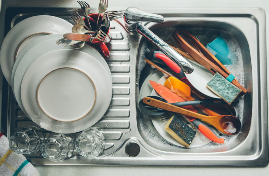 Thumbnail for A 4-item cleaning checklist for the germiest spots in the kitchen