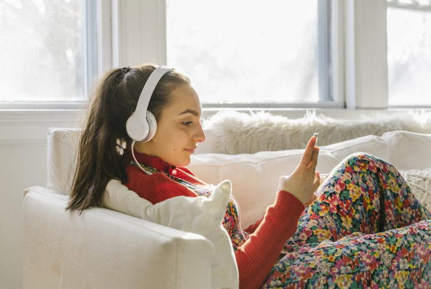 Grab your headphones: These 10 must-listen health podcasts drop wellness knowledge you can actually trust