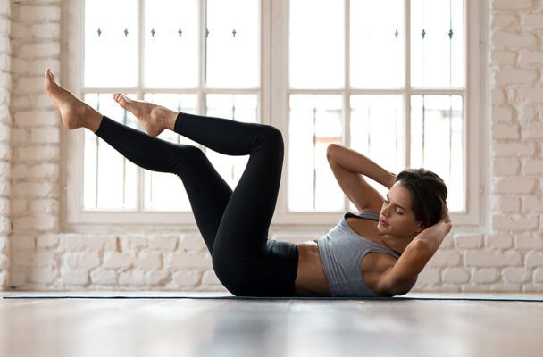 8 trainers share the best moves for working your obliques—and there's not a side plank in sight