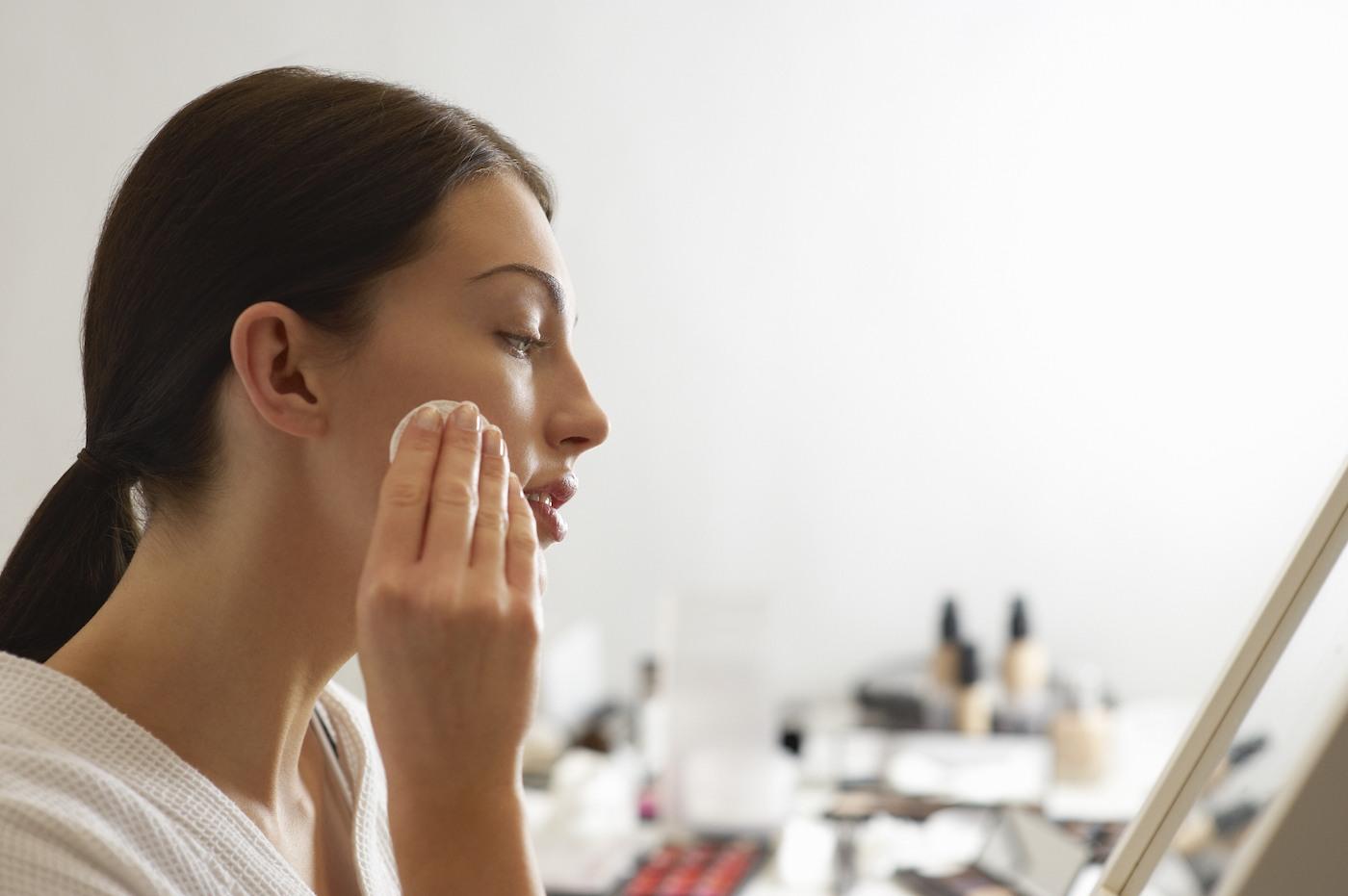 makeup removing