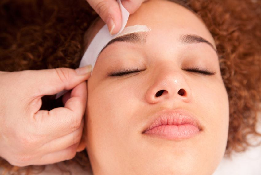 """A dermatologist says it's """"mandatory"""" to do one thing before your brow wax"""