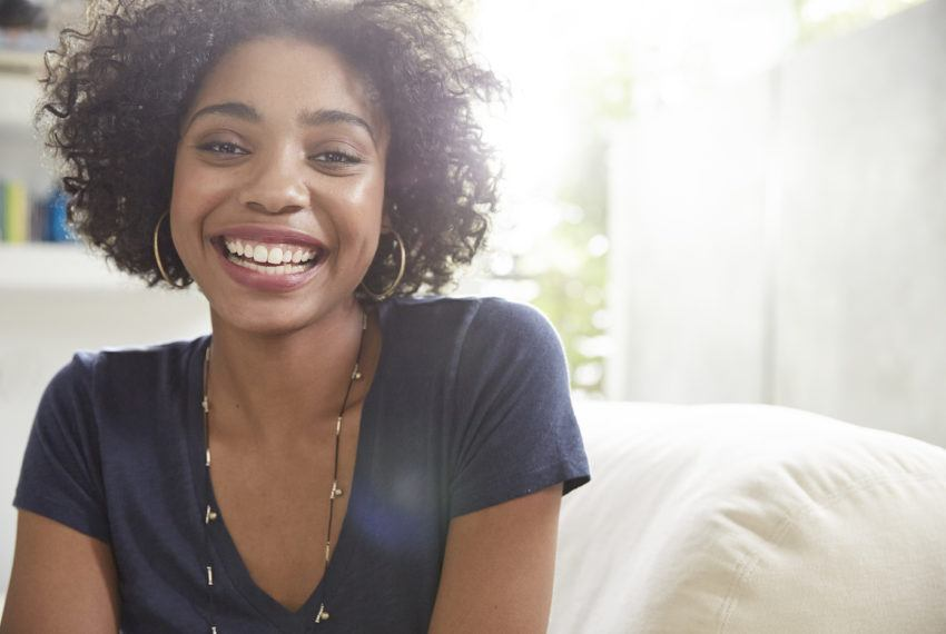 I'm a dentist and these are the 5 things that I do every day for whiter teeth