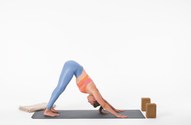 This Sequence of Yoga Breaths Will Help You Chill the Eff Out
