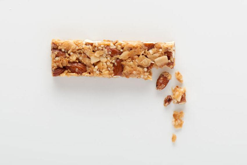 The 7 Healthiest Protein Bars You Can Buy, According to a Top Dietitian