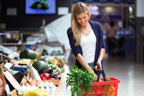 The 2 foods you should *always* buy organic, according to a top dietitian