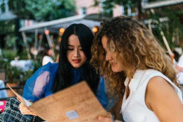 Your guide to reduced-stress restaurant dining with a food allergy or sensitivity
