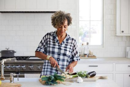 4 dietary habits that benefit your liver health more than any 'detox'
