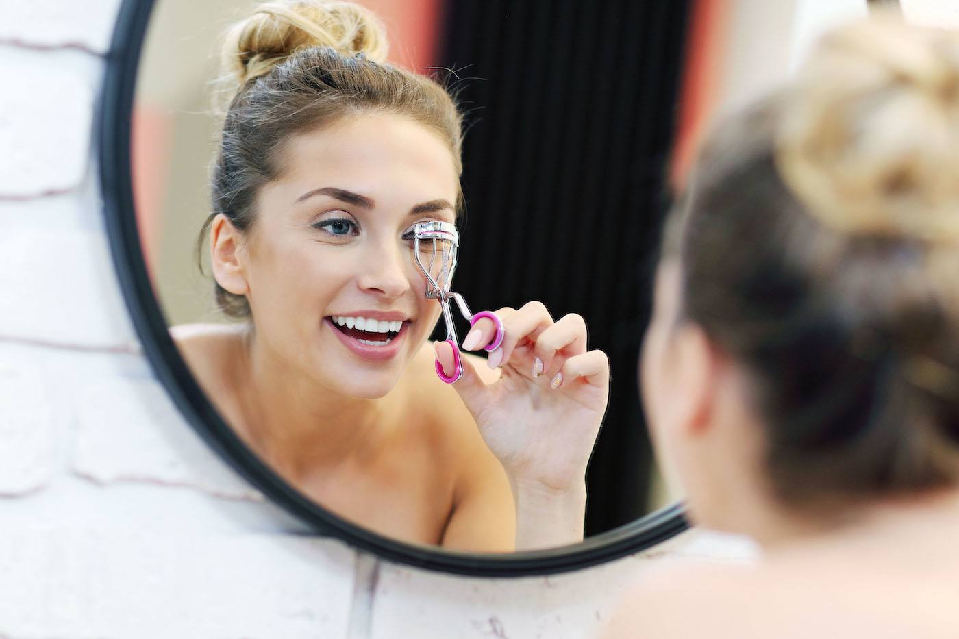 Thumbnail for The only beauty tool you need to look wide-awake in 30-seconds flat