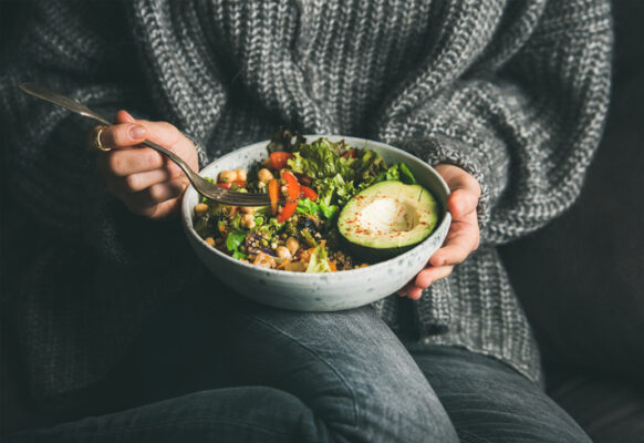 A Registered Dietitian's Definitive Guide to the Healthiest Trader Joe's Salads