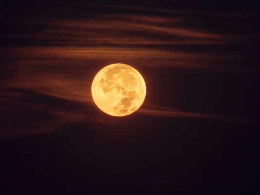 Sunday's full hunter moon wants you to take risks—here's what that means for your sign