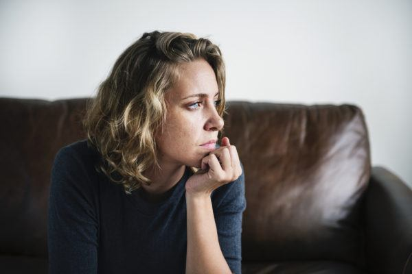 A therapist's 6 red flags that you're over-committing yourself to others