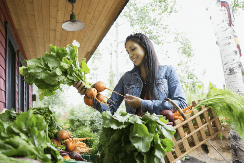 EXPERTS ALWAYS SAY TO EAT SEASONALLY—BUT WHAT'S REALLY IN IT FOR ME?