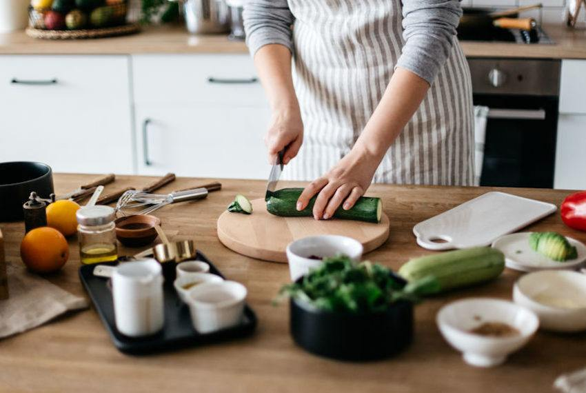 9 Must-Have Cookbooks for Every Type of Keto Dieter