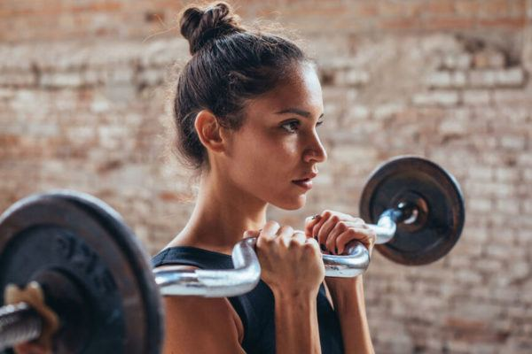 This is the optimal amount of time to rest between sets in order to build muscle, according to a trainer