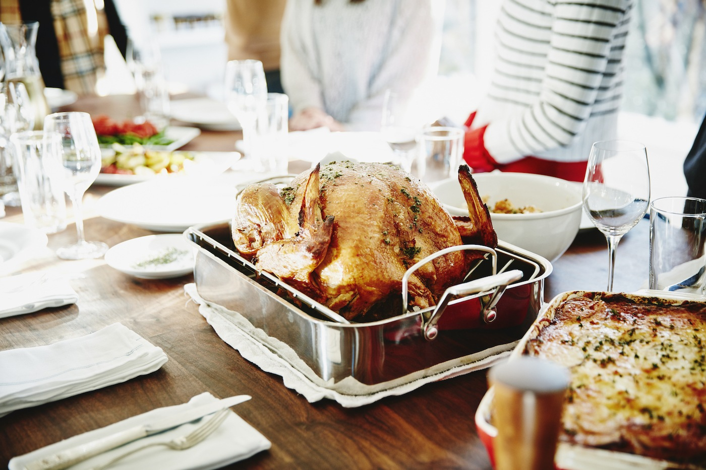 Thumbnail for This Is the Best Time to Eat Your Thanksgiving Meal, According to a Dietitian