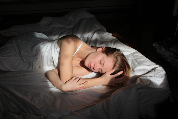 Slow Wave Sleep Is the Under-the-Radar Stage That's Key for Muscle Recovery