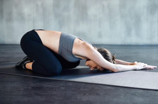 3 feels-so-good exercises that'll decompress your spine for a happy back