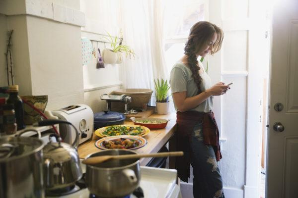 Instant Pot Vs Air Fryer: Which Gadget Gives You More Bang for Your Buck?